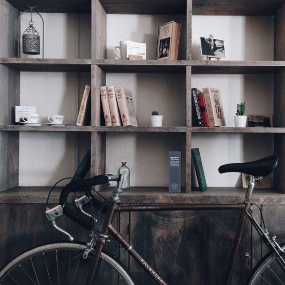 Casetă valori Bookcase albastru